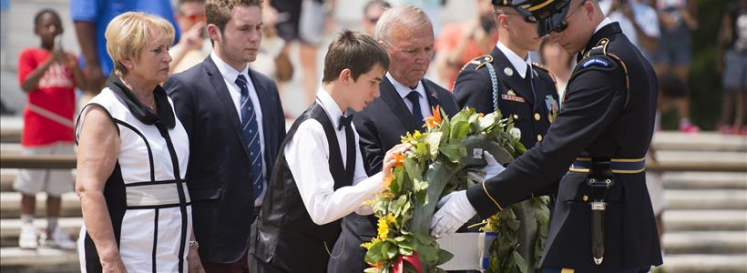 Lefranc family wreath laying