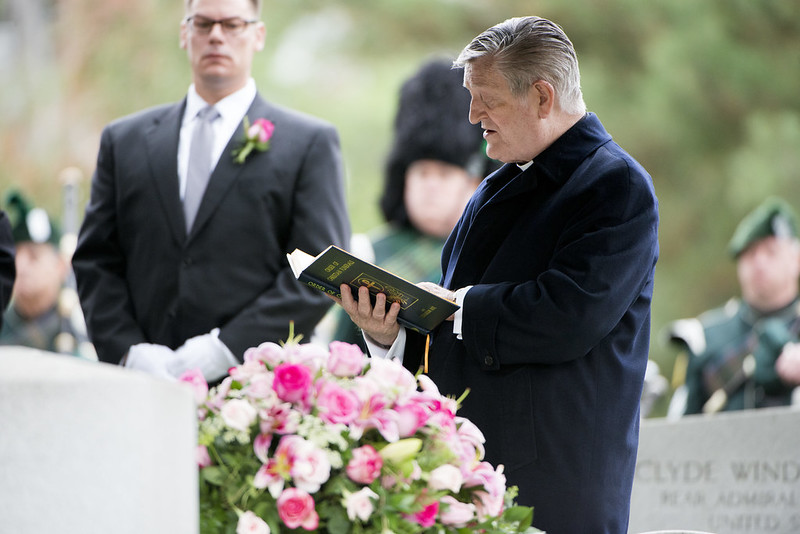 funerals-visiting-clergy-guide-8